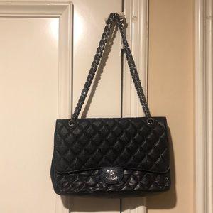 Handbags - Black Large Classic Caviar Bag